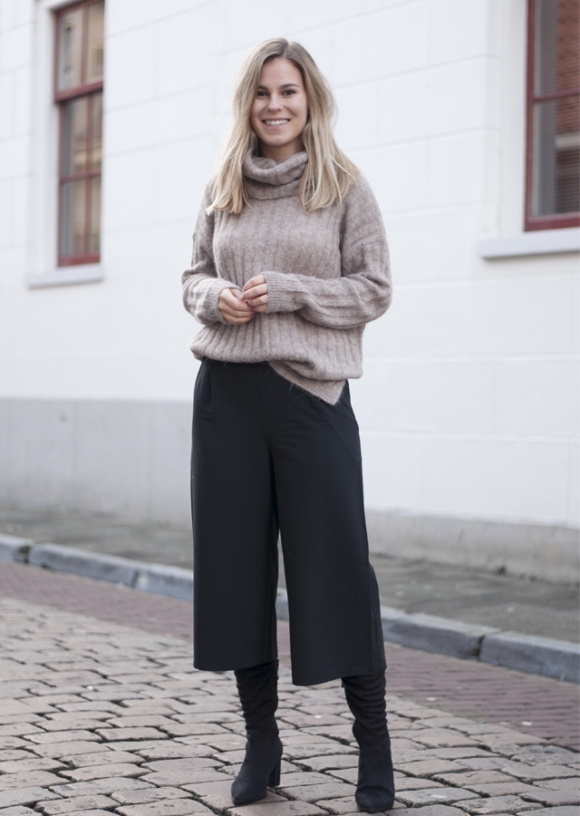 wearing culottes in winter style by jules. Black Bedroom Furniture Sets. Home Design Ideas