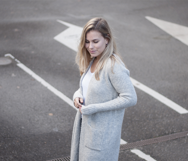 outfit, OOTD, street style, dutch, women fashion, fashion blogger, knitwear, winter, cozy, outfit, inspiration, Style by Jules